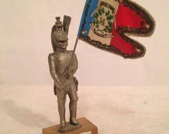 Figurine flag bearer CHESTERMAN Prince DRAGONS pewter pewter 14th Regiment