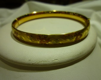 C32 Vintage Tri-Color 14K Gold Filled Bangle.