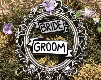 Bride and Groom Banner Pins