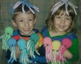 crochet mini octopus plush toy- choose your colors