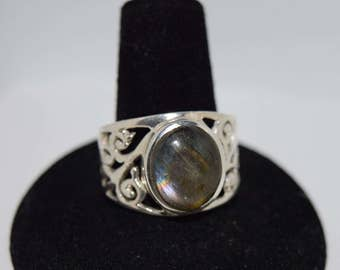 Gorgeous, Labradorite Ring in Sterling Silver Filigree Setting,  Size 9 1/2