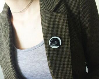 Illuminati Eye Fashion Brooch or Pendant