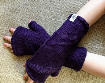 winter knit gloves // knit mittens // arm warmers // christmas gift // mittens // texting gloves // gifts // for her // fall gloves knit