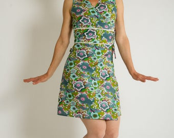 Dress Wallet Yummy retro vintage blue green pop flowers