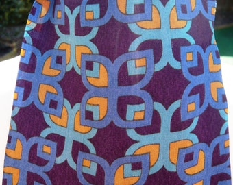 """1960's """"A Favourite"""" Blue and Yellow Patterned Cravat"""