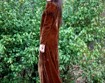 Victorian Velvet Gown: 1920s Era Vintage Copper Brown Crushed Velvet Juliet Sleeve Turtle Neck Long Dress With Train