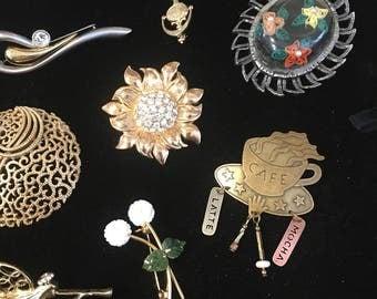 18 Piece Brooch Lot All wearable, Roman, Trifari , Katz, Lucite, Mother of pearl, Jade