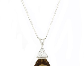 Ladies Vintage Estate Silver 925 Brown Quartz & White Topaz Pendant and Chain Necklace - 25MM
