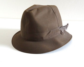 Vintage Fedora, Trilby or Tyrolean Hat with Feather - Retro 1950s Khaki Green Hat