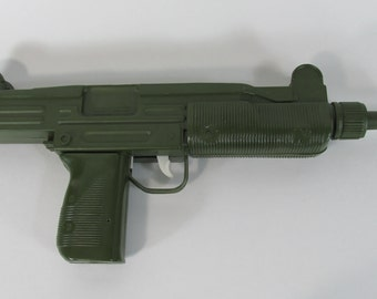 Empire Toys Corp, Toy Gun Uzi 1983