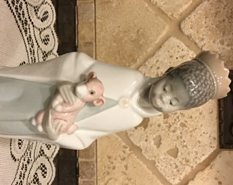 Lladro # 4675 ~ BALTHASAR KING ~ Children's Nativity ~ Glossy finish
