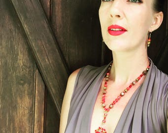 Juicy Redilicious ! Big red statement necklace, conversation piece, by UnicityJewels