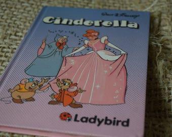Cinderella. A Walt Disney Ladybird Children's reading book. First Edition. creased inside spine