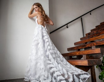 Bohemian Wedding Dress, Boho Wedding Dress, Halter Wedding Dress, Feather Wedding Dress, Unique Wedding Dress - La Paz Dress