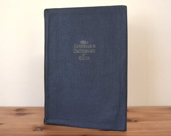 1920 Edition of The Standard Dictionary of Facts Soft Leatherette Reference Book Natural History Literature Science Government Industry