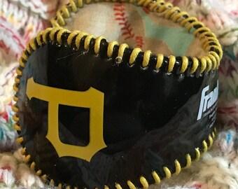 Pittsburgh Pirate  Logo Baseball cuff Bracelet