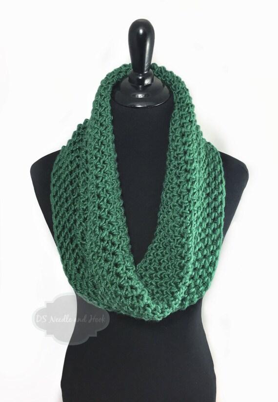Green Crochet Scarf, Forest Green Crochet Cowl, Dark Green Infinity Scarf, Hunter Green Neck Warmer, Crochet Scarf, Snood Scarf