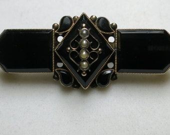 antique black onyx pin with sea pearls