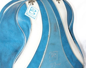 """Baby Blue Brunswick Wind Jammer w/ White Accents Bowling Ball Bag -- Ball Cup, Name Tag, Wire Holder -- 13"""" x  9"""" x 12""""--Bowling, WIndjammer"""