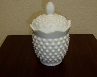 Fenton Hobnail White Milk Glass Sugar Bowl With Lid (1960s)