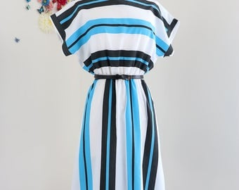 Vintage 1950s Striped Summer Dress Short Sleeve Cotton Full Skirt Elastic Gathered Waist Midi Dress Size Small Medium White Black Blue