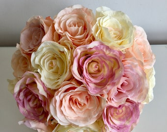 Brides bouquet ivory & pink Roses
