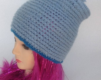 Light blue hat#winter hat#accessioares#womans hat#hat Made of wool#22 inch hat#banie#hatwith pom pom#handmade crochetded#