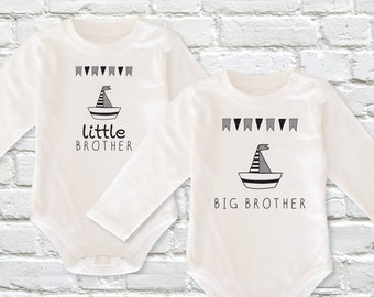 Brothers Matching Shirts, Brother Announcement, Big Brother Little Brother Outfits, Baby Announcement, Matching Siblings Outfits, Bodysuit