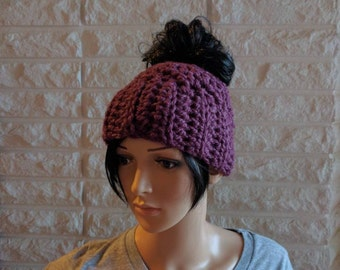 Women's messy bun hat, women's chunky bun hat, women's ponytail hat, gifts for her, accessories, fall, winter and spring fashion
