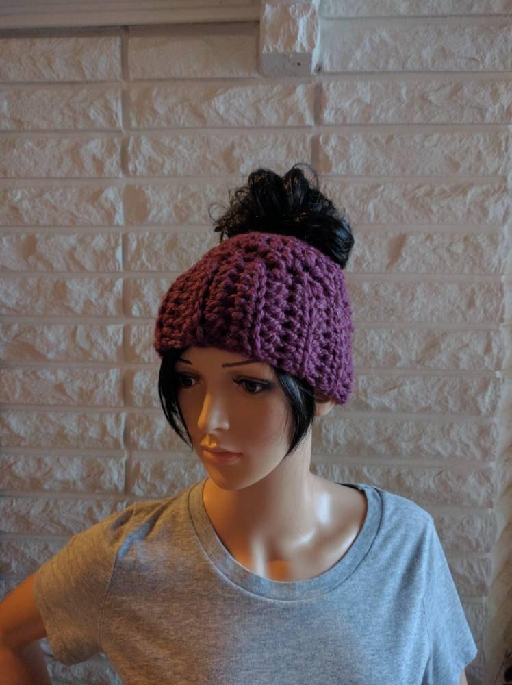 2c61fabe64321 Women s messy bun hat