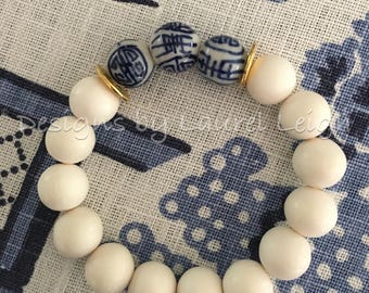Blue and white beaded bracelet | chinoiserie, royal, navy, stretchy, gold