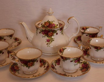 Royal Albert Old Country Roses Teaset with Large Teapot and Six Teacups and Saucers 1960s First Quality Gift for her