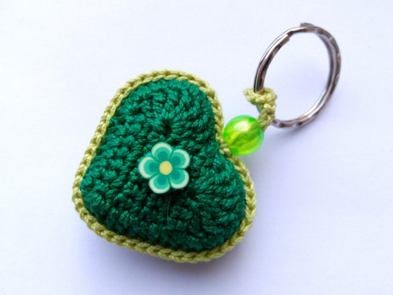 Crochet Wedding Gift: Heart Keychain Bridal Shower Gift Green Wedding Favors Crochet