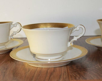 Vintage Tea Cup Set, Vintage Tea Cup China Set, Bracelet Old Ivory Tea Cup and Saucer Set, Set of 4, Made In America