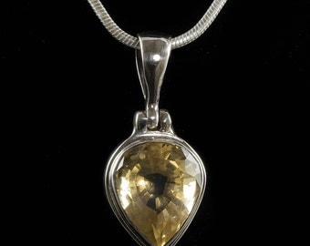 3cm CITRINE Pendant - Sterling Silver and Yellow Citrine Crystal Jewelry for Natural Citrine Necklace and Citrine Jewelry Making J1005