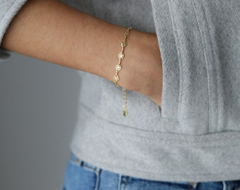 Delicate Gold Bracelet - Dainty Chain Bracelet - Layering Bracelet - Art Deco Jewelry - Stacking Bracelet - Bohemian Jewelry - Gift for Her