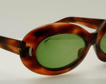 Victory S-593 Suntimer Sunglasses | Vintage - Retro Thick Tortoise Shell Sunglass Frames