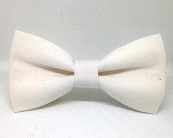 Snow Pretied and Self Tie Bowtie, White Bowties, Wedding Bowtie, Adult Bowtie