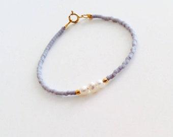 Pearl bracelet, beaded bracelet, freshwater pearl bracelet