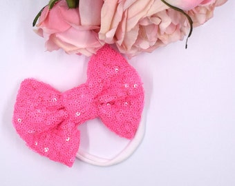 Electric Pink GlamBow on White Nyoln