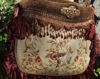 Vintage embellished needlepoint shoulder bag