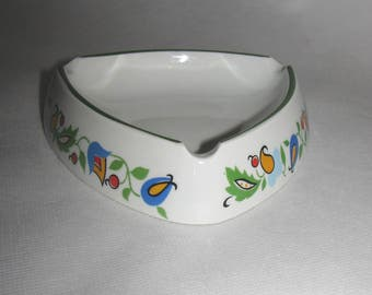 Porcelain ASHTRAY from Poland Lubiana hand painted
