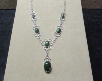 Elegant Cabochon Jade STERLING silver necklace with a beautiful lace-like wire design.