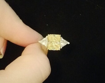 14K Gold Ring With High Quality CZ Stones In Style of Yellow Canary Diamond