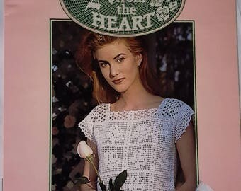 1999 Leisure Arts Crochet Roses From The Heart Pattern Leaflet