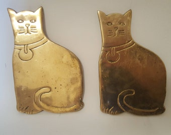 Pair of brass cat trivets kitty hotplate