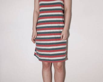 Sleeveless stripe dress (FREE size)