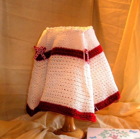 Baby Girl Warm, Cosy, Poncho crochete in cream and red cotton yarn. Ribbon Tie neck & heart ribbon detail. Age 6 -18 months