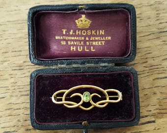 Antique Art Nouveau 9ct Yellow Gold Peridot Brooch