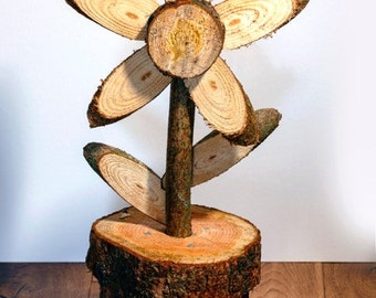 Wood flower garden ornament